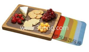 Eco-friendly Classics Bamboo Cutting Board with Removable Cutting Mats